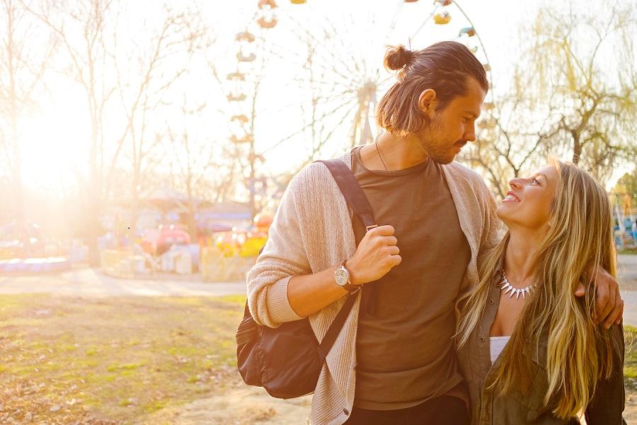 6 Cara Memahami Pasangan Hidup